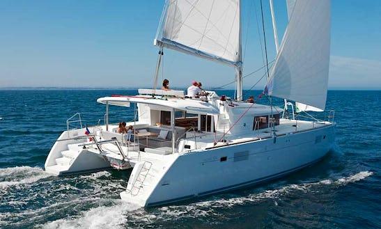 Luxury Catamaran Lagoon 45 Charter In Alcúdia