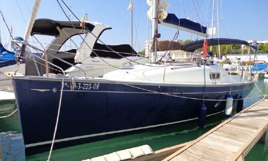 24' Jeanneau Sun 2500 Cruising Monohull Rental In Baden, France