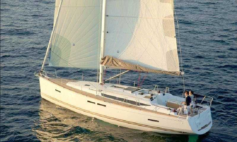 "Luxury Sailing ""Lady Linda"" Charter in Zagreb"