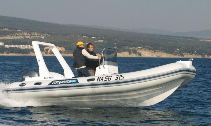 Capelli Tempest 625 Work RIB Rental in Baden, France
