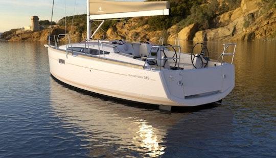 Cruising Monohull Luxurious ''sun Odyssey 349'' Charter In Nieuwpoort