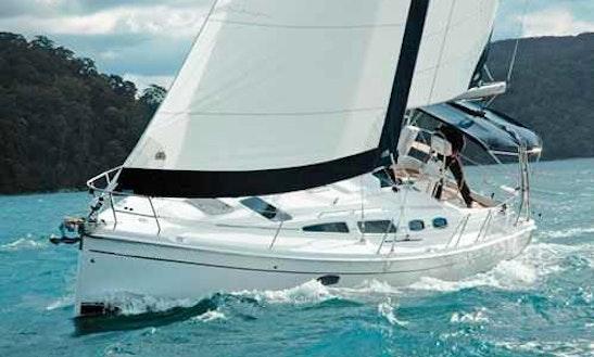 Charter Hunter 36 On Manitoulin Island