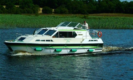 Luxury Motor Yacht 'lake Star' Charter In Limerick