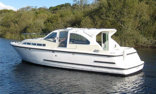 Luxury Motor Yacht 'limerick Class' Charter In Limerick