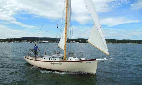 32ft Wooden Gaff Sloop Boat Rental In Rockland, Maine