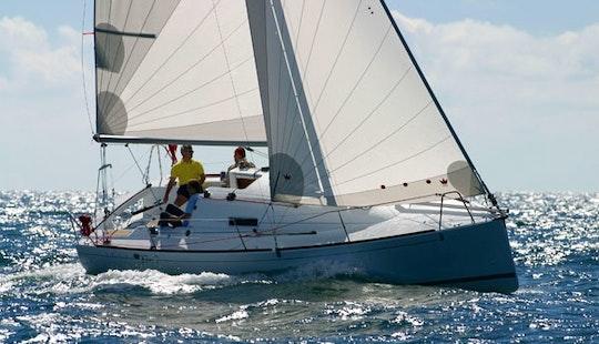 27' Beneteau First 27.7 Cruising Monohull Rental In Altea, Spain