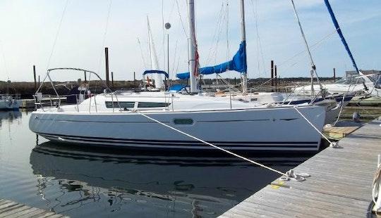 Jeanneau Sun Odyssey 36i Cruising Monohull Rental In Altea, Spain