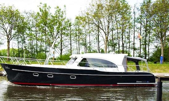 Motor Yacht Rental In Nieuwpoort