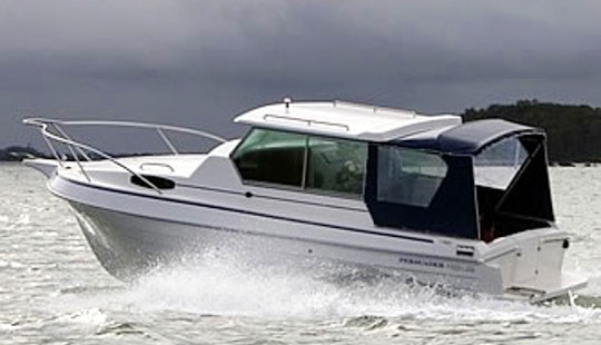 Motor Yacht 'persuader 22' Charter In Bayview
