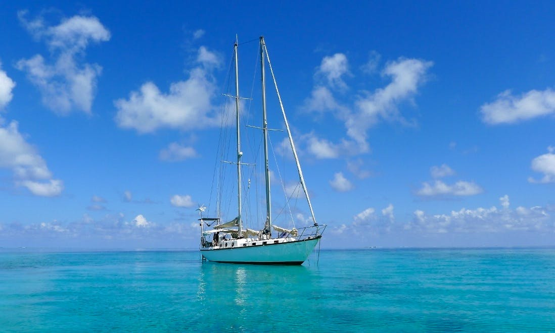 Crewed Sailing Charter on 50' Eole Sailboat in San Blas Islands, Panama