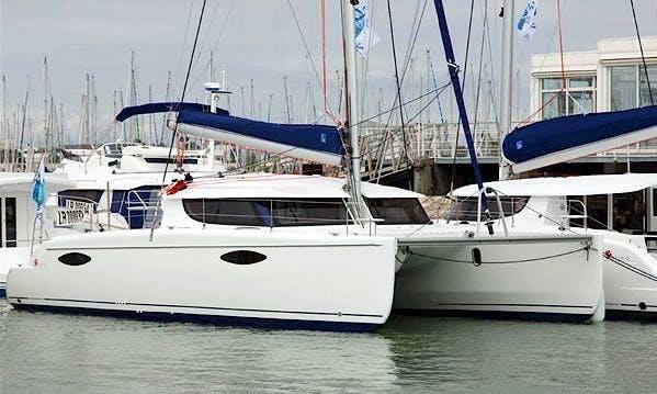 Charter 44' Cruising Catamaran In Deale, Maryland
