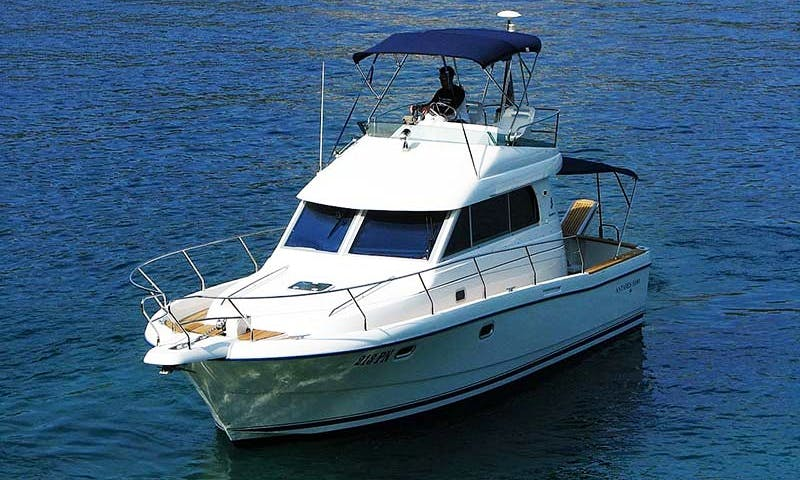 """Charter 35ft """"Antares Motor Yacht In Jávea, Spain"""