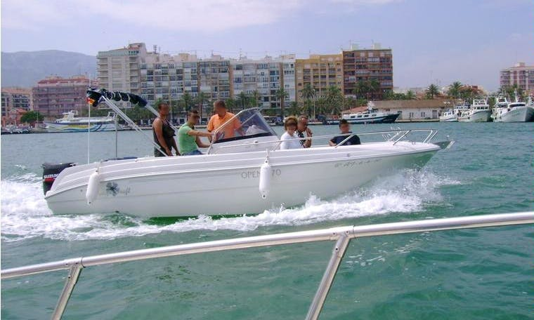 21' Pacific Craft Boat Rental In Dénia