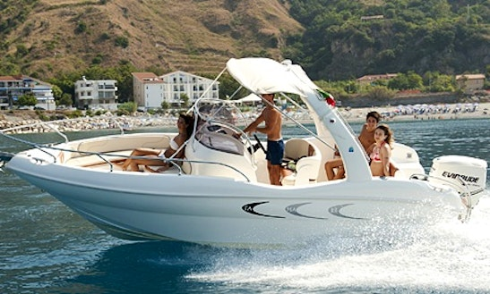 Luxury Bowrider ''t.a. Mare Flamme 22'' Charter In Lazise