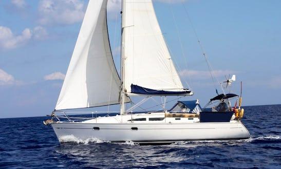 Cruising Monohull ''jeanneau : Sun Odyssey 37.1'' Çharter In Perros-guirec