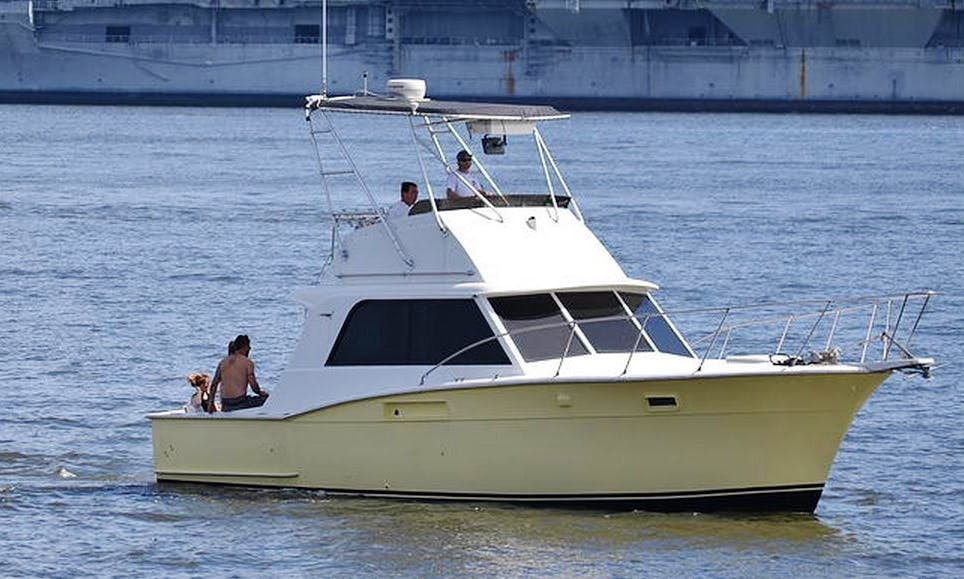 36ft Classic Hatteras Yacht for rent in Charleston, South Carolina