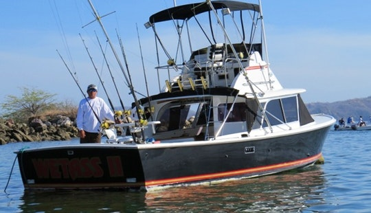 Sport Fisherman ''wet Ass Two'' Charter In Nicoya