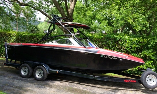 Enjoy Austin, Texas On 22' Tige Z2 Wakeboard Boat