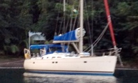 Cruising Monohull Rental In True Blue