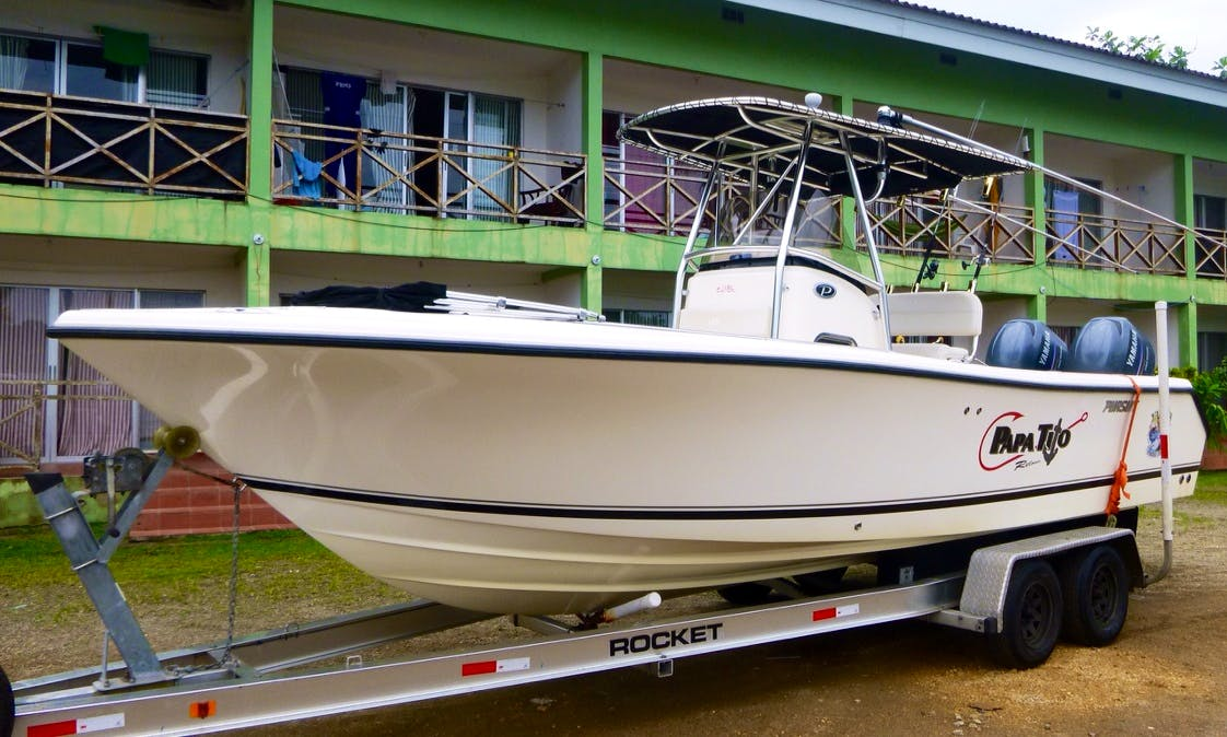 Rent 26' Pursuit Center Console In Panamá, Panamá