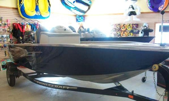 16' Deck Boat Rental In Burlington, Wisconsin
