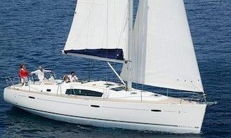 Rent or Charter Oceanis 43 in Grado