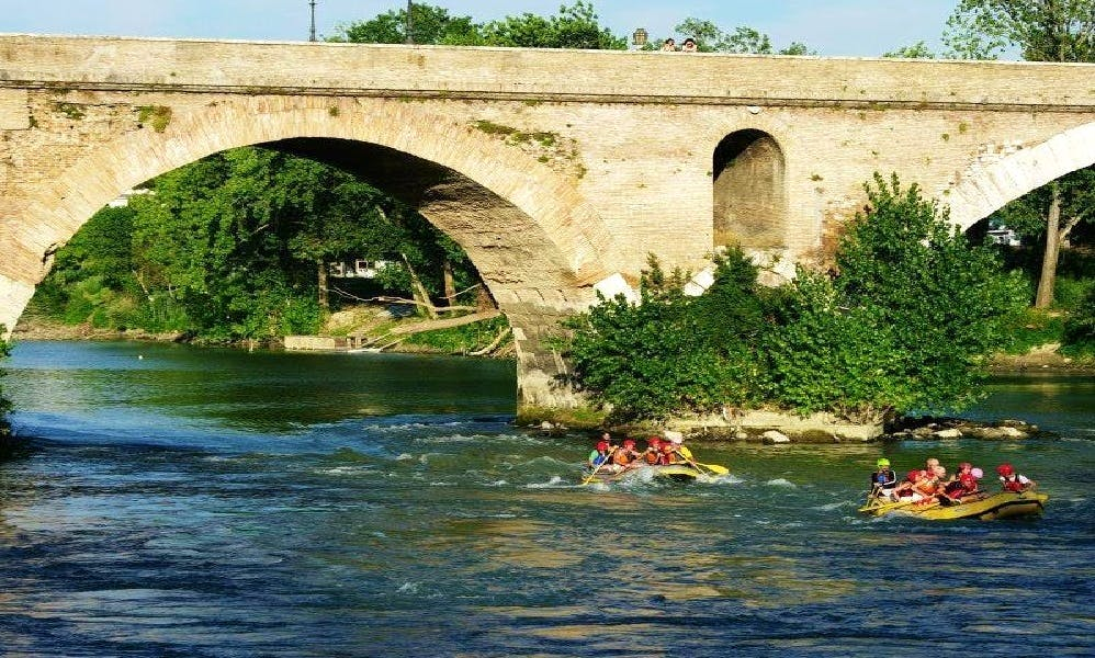Rafting in Roma, Italy