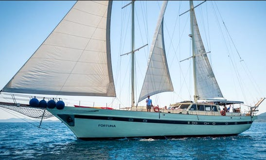 Luxury Schooner For Weekly Charter In Split