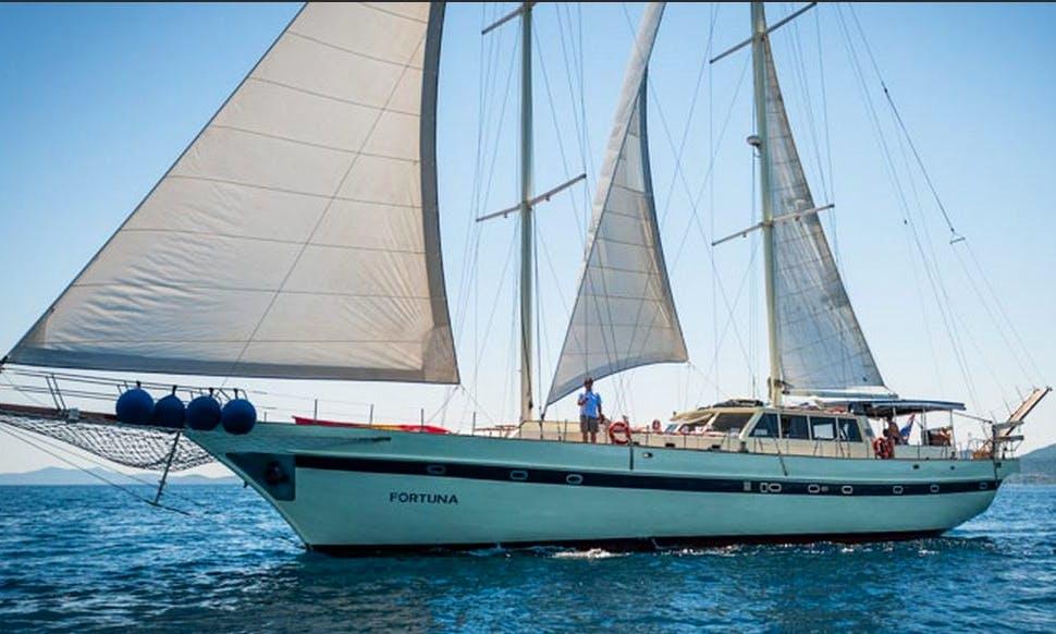 Luxury Schooner for Weekly Charter in Split