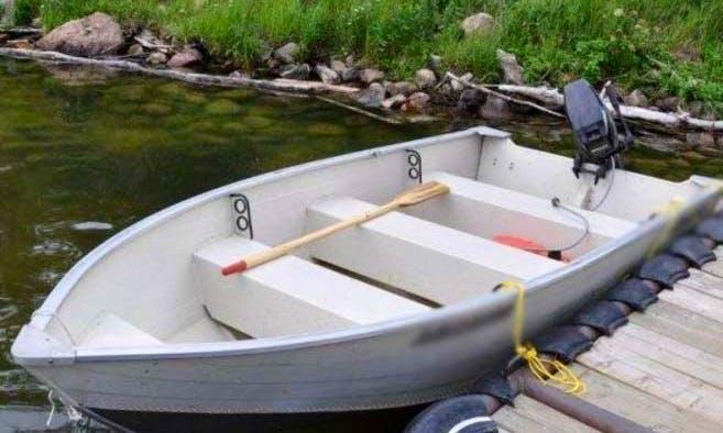 16' Aluminum Boat In Moffet