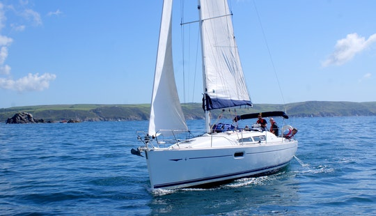 Modern 36' Sailing Yacht In Plymouth