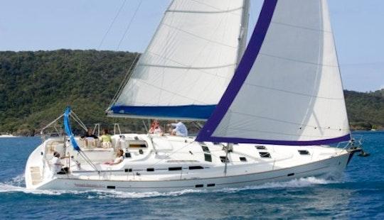 Luxurious Oceanis 473 Cruising Monohull