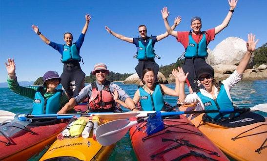 Guided Kayak Tour In Kaiteriteri, Nz