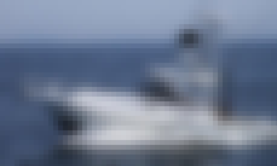 """32ft """"Double Down II"""" Sport Fisherman Boat Charter in Keyport, New Jersey"""