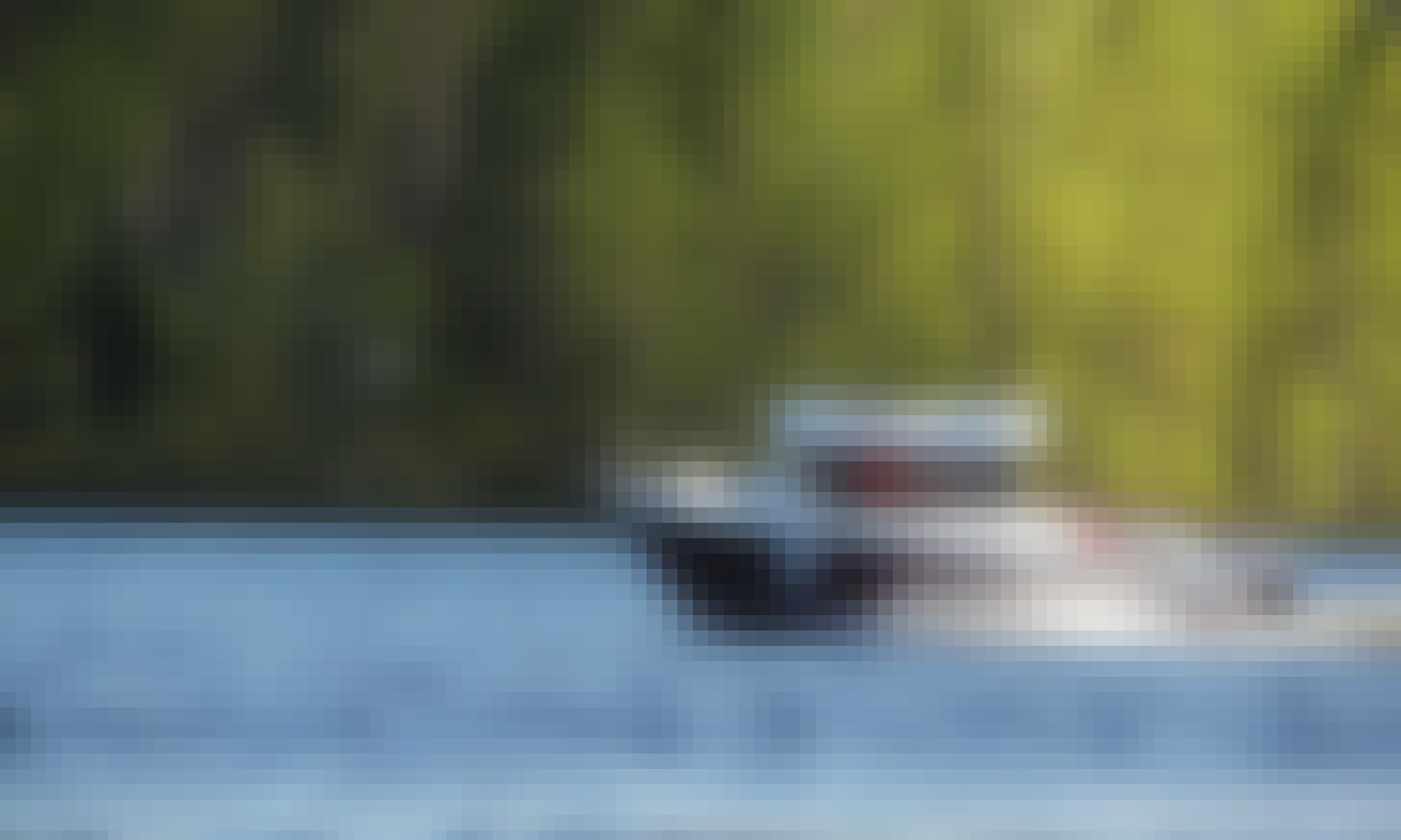 Deck Boat Rental in Kangasniemi