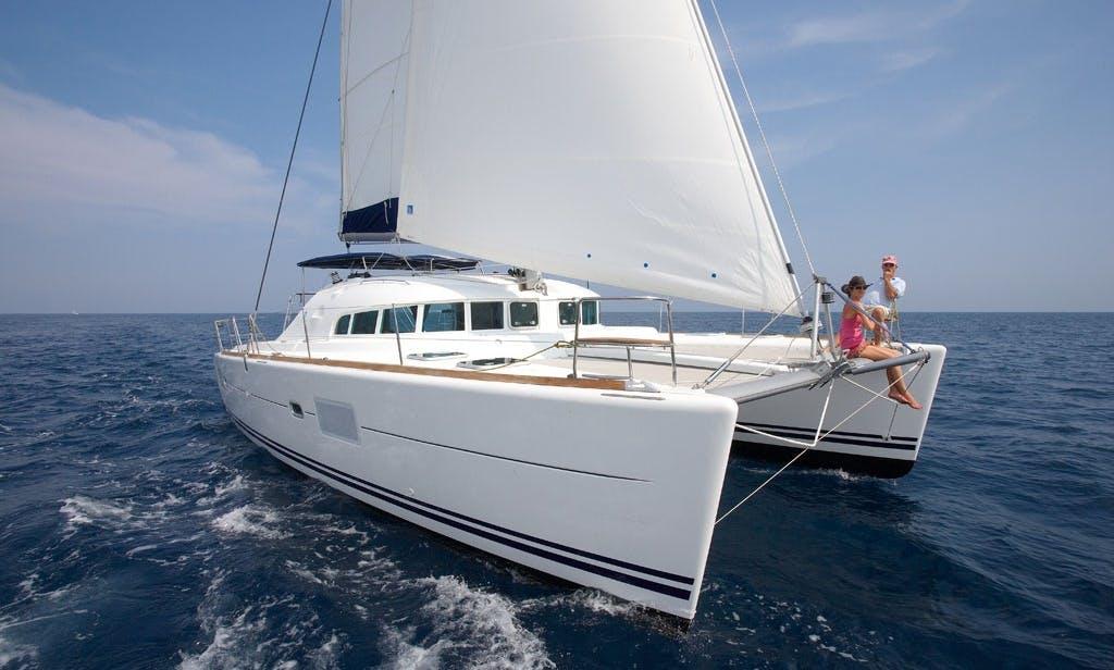 "Charter 41ft ""Nacar"" Lagoon Catamaran In Portobelo, Panama"
