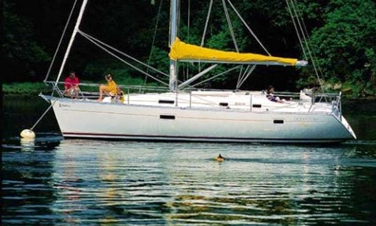 36ft Beneteau Oceanis Clipper 361 Boat Charter In Blanes, Spain