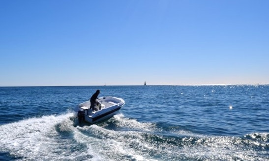 Rent The Compass 400 Gt Powerboat In Barcelona, Spain