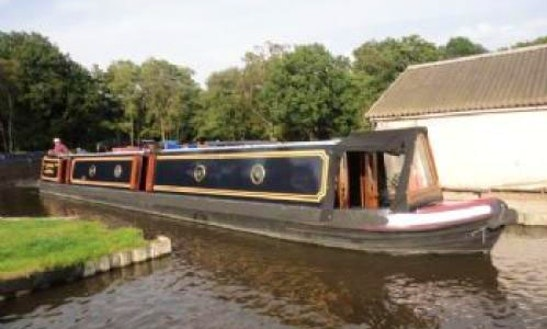 Kingfisher Boat Hire In Lancaster Canal