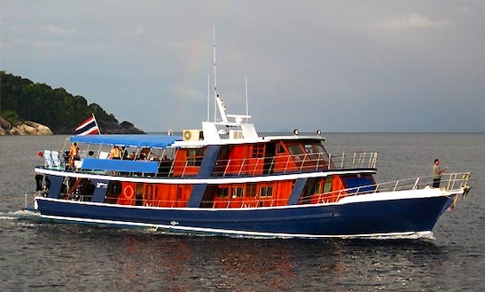 Motor Yacht Rental For Thailand And Myanmar