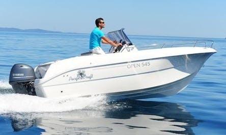 Center Console Luxurious ''Pacific Craft 545 Open'' Rental in Saint-Cyprien