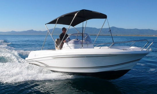 Luxury Center Console ''jeanneau Cap Camarat 6.5'' Rental In Saint-cyprien
