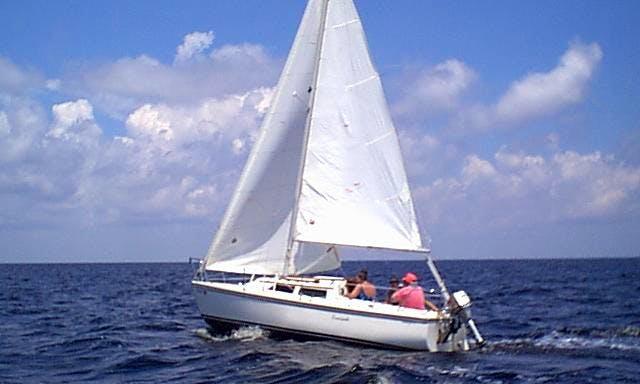 "Enjoy 22 ft ""Sea Wind""Catalina Sailboat Charter in Punta Gorda, Florida"