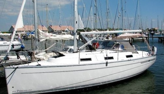 Wonderful Sailing Adventure On Bavaria 32' Sailing Yacht In Mataro, Spain