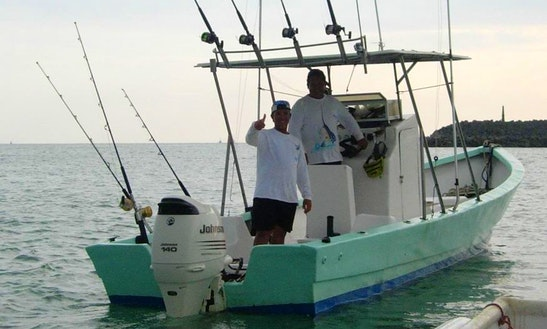 24' Fishing Boat In Jaco