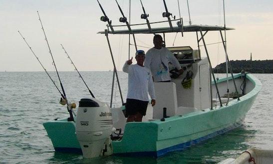 24' Fishing Boat In Jaco