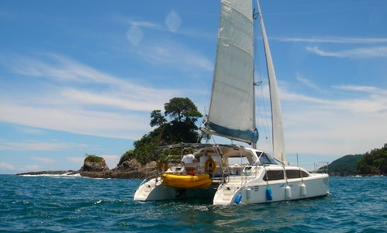 Sailing And Snorkeling Tour In Jaco