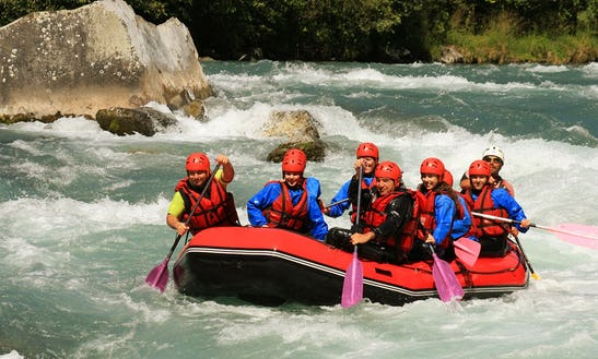 Rafting And Zipline Tours In Miraflores