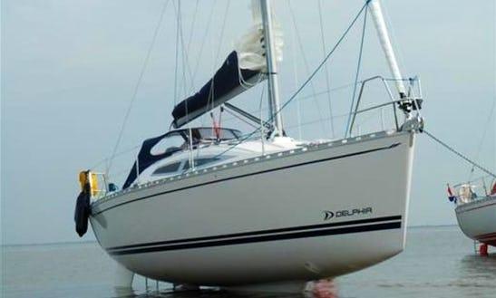 Charter Delphia 34 Sailboat In Makkum