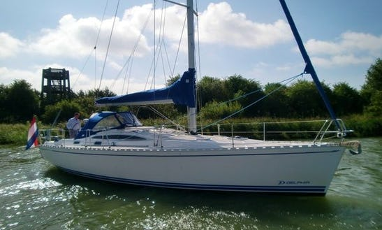 Charter Delphia 40. 3 Sailing Yacht In Makkum
